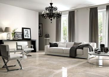 Marmoripintainen, valoa heijastava laatta antaa lattialle ylellisen ilmeen