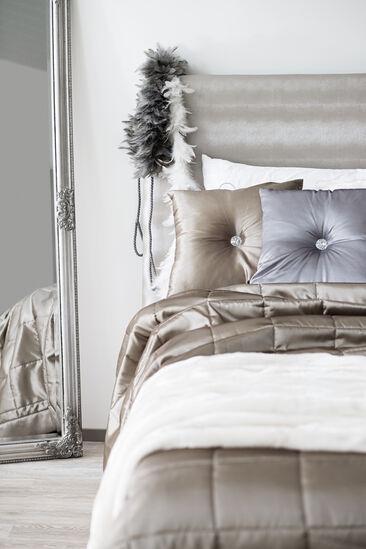 Tekstiileillä ylellistä tunnelmaa makuuhuoneeseen
