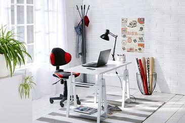 Tilava ja tyylikäs työhuone