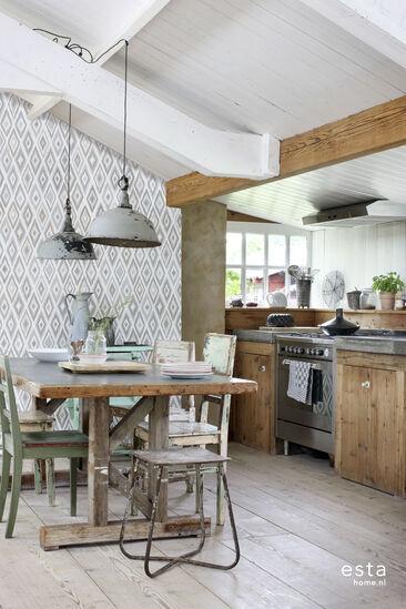Rauhallisia hiekan sävyjä keittiössä