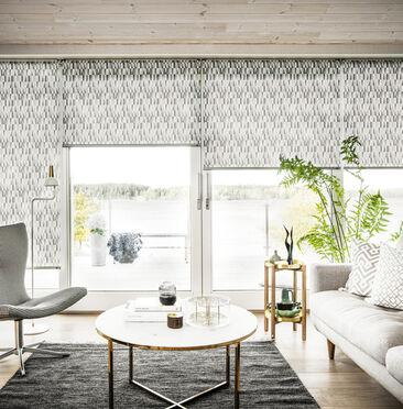 Tyylikkäät Prisma-kuvioidut rullakaihtimet olohuoneessa