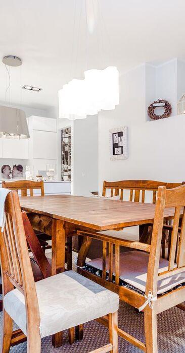 Maalaisromanttinen ruokailutila 9730850