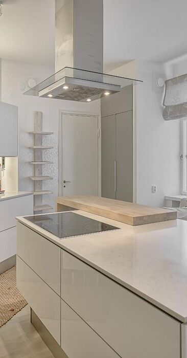 Moderni keittiö 9478403