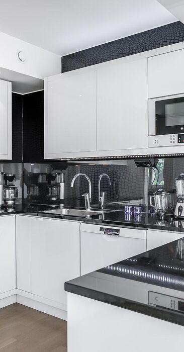 Moderni keittiö 9615069