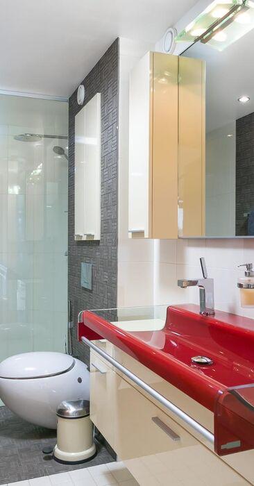 Moderni kylpyhuone 9829902