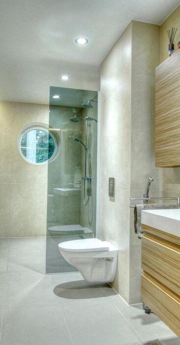 Moderni kylpyhuone 9470313