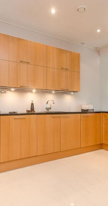 Moderni keittiö 9541858
