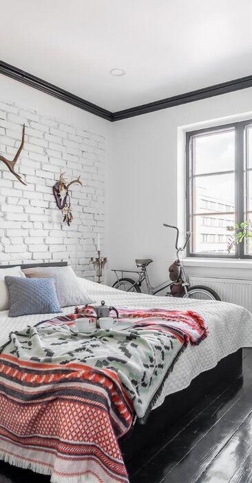 Tyylikkäästi sisustettu makuuhuone