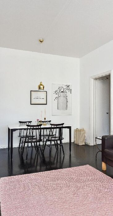 Skandinaavista designia olohuoneessa