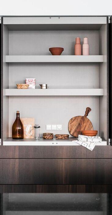 Aamiaiskaappi on kätevä säilytysratkaisu keittiössä
