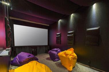 Makuuhuoneesta elokuvahuone – ja muut rivitalokolmion rohkeat ratkaisut