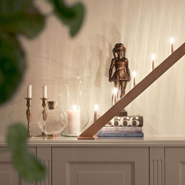 Näyttävä kynttelikkö valaisee pimeitä talvi-iltoja