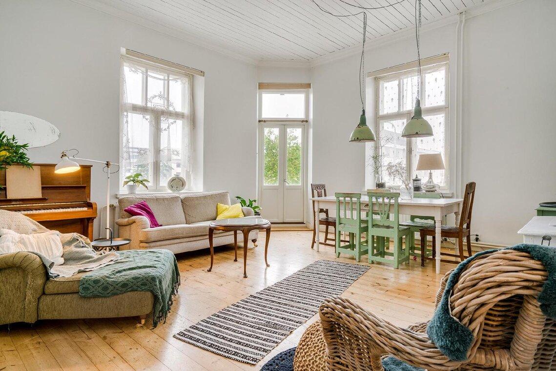 Kaunis ja kotoisa olohuone