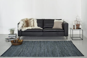 Rug Solid Leather matto olohuone
