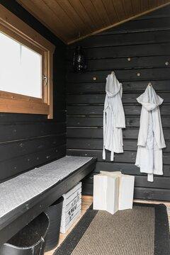 saunan pukuhuoneen sisustus
