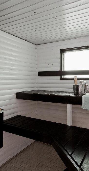 Mustavalkoinen Sauna